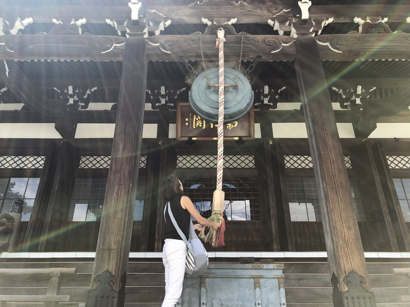 本覚寺本堂鰐口の画像